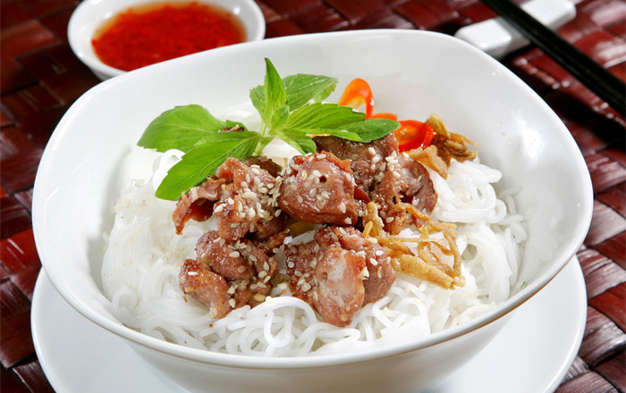 bun thit nuong noodles grilled pork